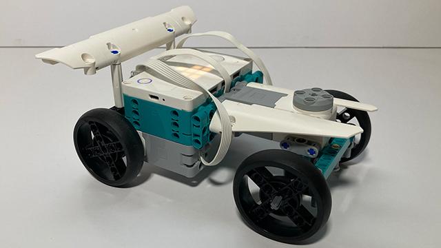 640_inventor_racecar